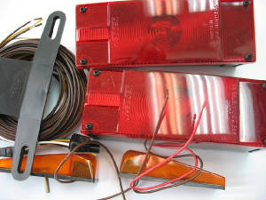 M-107-75090-Low-profile-trailer-light-kit-o.JPG