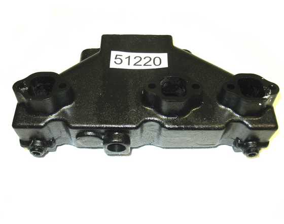 51220 V6 exhaust manifold center rise OEM 99746A17